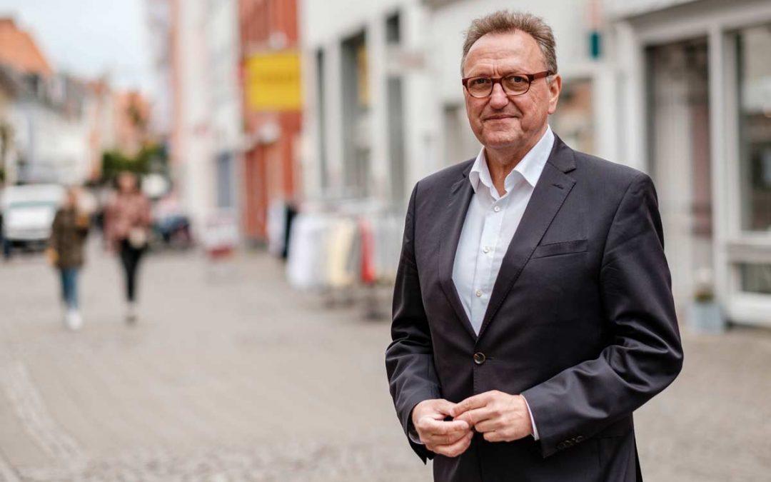 WDR-Kandidatencheck für das Amt des Warendorfer Bürgermeisters Peter Huerkamp